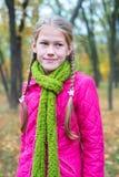 Портрет серьезного девочка-подростка Стоковое фото RF