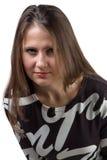 Портрет серьезного красивого положения женщины Стоковые Фотографии RF