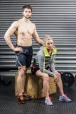 Портрет серьезных атлетических пар Стоковая Фотография RF