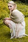 Портрет сидя женщины Стоковая Фотография RF