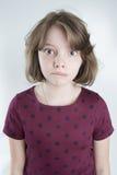 Портрет смешной девушки 10 лет Стоковое фото RF
