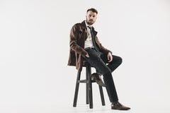 Портрет стильного красивого молодого человека стоковые фото