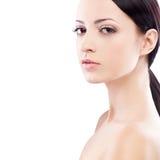 Портрет стороны женщины, смотря камеру Стоковое Изображение RF