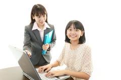Портрет студента с учителем стоковые изображения rf