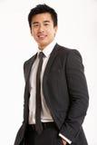 Портрет студии китайского бизнесмена Стоковая Фотография RF