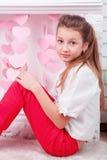 Портрет студии красивой девушки с большими глазами Стоковая Фотография
