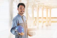 Портрет счастливого азиатского инженера Стоковые Фотографии RF