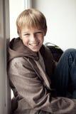 Портрет счастливого подростка напольный Стоковое Изображение RF