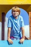 Портрет счастливого подростка на Стоковые Фотографии RF