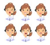 Портрет счастливого усмехаясь женского оператора телефона работы с клиентом Работник Callcenter с шлемофоном Cauc иллюстрации век Стоковые Изображения