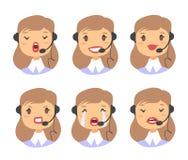 Портрет счастливого усмехаясь женского оператора телефона работы с клиентом Работник Callcenter с шлемофоном Cauc иллюстрации век Стоковое Изображение