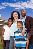 Портрет счастливой Афро-американской семьи Стоковая Фотография RF
