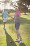 Портрет счастливых пар игрока гольфа Стоковые Изображения