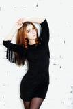 Портрет типа моды красивейшей чувствительной женщины Стоковое Изображение