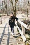 Портрет 10-ти летней девушки outdoors Стоковое Изображение