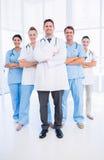 Портрет уверенно счастливой группы в составе доктора Стоковое Изображение RF