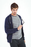 Портрет уверенно человека держа прямую бритву края Стоковое фото RF