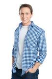 Портрет усмехаясь молодого человека стоковое изображение