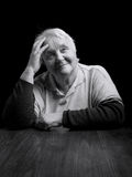Портрет усмехаясь старшей женщины Стоковое Фото