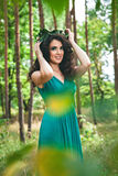 Портрет фантастичной девушки в лесе Стоковое фото RF