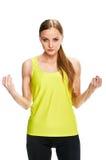Портрет фитнеса женщины показывать бицепс Стоковое Изображение
