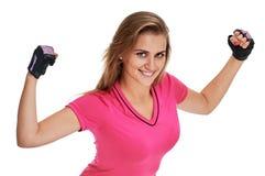 Портрет фитнеса женщины показывать ее бицепс Стоковая Фотография