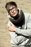 Портрет холодного молодого человека Стоковое Фото