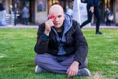 Портрет человека на парке Стоковые Изображения RF