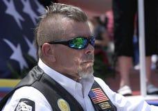 Портрет члена всадников американского легиона с стилем причёсок Mohawk Стоковое Изображение RF