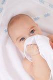 Шаловливый младенец Стоковое Фото