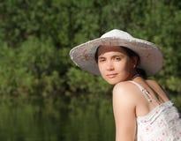 портрет шлема девушки стоковые изображения