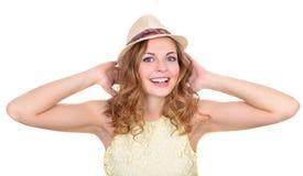 Портрет эмоциональная девушка в шляпе стоковые изображения rf