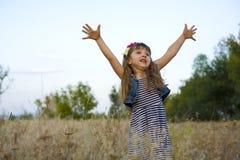Портрет эмоциональной четырёхлетней девушки Стоковые Фотографии RF