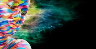 Портрет яркой красивой девушки с искусством Стоковое Фото