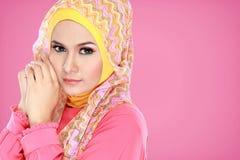 Портрет hijab красивой женщины нося стоковая фотография rf