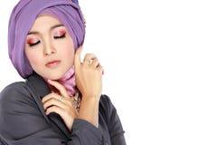 Портрет hijab красивой женщины нося стоковые изображения rf