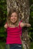 Портрет m за деревом 3 Стоковые Изображения