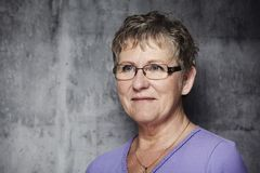 Портрет middle-aged женщины Стоковое Изображение
