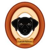 Портрет Retriever Лабрадора, деревянная рамка, бирка косточки собаки Стоковые Изображения RF