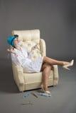 Портрет ` s доктора Женщина доктор в хорошем настроении Мы желаем хорошее здоровье Стоковая Фотография