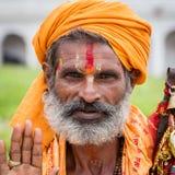 Портрет sadhu Shaiva, святого человека в виске Pashupatinath, Катманду Непал Стоковые Изображения