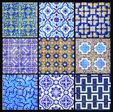 Португалка кроет ретро заплатку черепицей, геометрический коллаж картины, застекленное Handmade Azulejos, искусство улицы Португа стоковые изображения rf