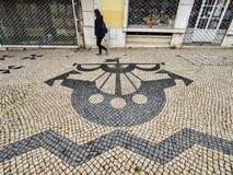 Португальская мостовая Лиссабон Португалия стоковые изображения rf