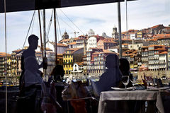Португалия: Обедать в Порту Стоковое Фото
