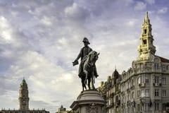 ПОРТУ, ПОРТУГАЛИЯ - 4-ОЕ ИЮЛЯ 2015: Статуя Порту короля Педра IV Стоковая Фотография RF
