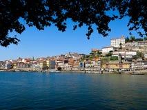 Порту: Ribeira и река Дуэро стоковая фотография