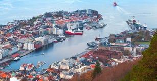 Порт Бергена, Норвегии вид с воздуха стоковые изображения rf