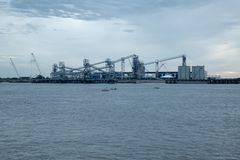 Порт большего Батон-Руж, рекой Миссисипи стоковое изображение