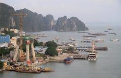 Порт в городе Ha длинном, Вьетнаме Стоковое фото RF