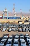 Порт груза и новые автомобили для продажи, Eilat, Израиль Стоковые Изображения